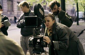 Dorota Kędzierzawska na planie filmu Koniec świata (1988) | fot. Roman Sumik | Fototeka FINA