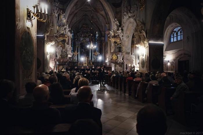 Koncert w wykonaniu Orkiestry Symfonicznej Filharmonii Opolskiej pod dyr. Przemysława Neumanna, fot. Mackbet