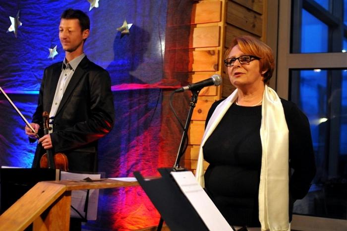 Danuta Sztencel podczas jednej z edycji festiwalu. źródło: www.muzykanaszczytach.com