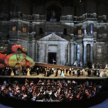 Na zdjęciu Rigoletto w Orange, o którym za chwilę… fot. Philippe Gromelle
