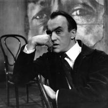 """Wiesław Michnikowski  w filmie """"Pieklo i niebo"""" w reżyserii Stanisława Rożewicza, 1966, fot. z archiwum Filmu"""